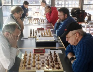 Die Spieler beider Teams gingen an diesem sonnigen Herbstsonntag hochkonzentriert zu Werke